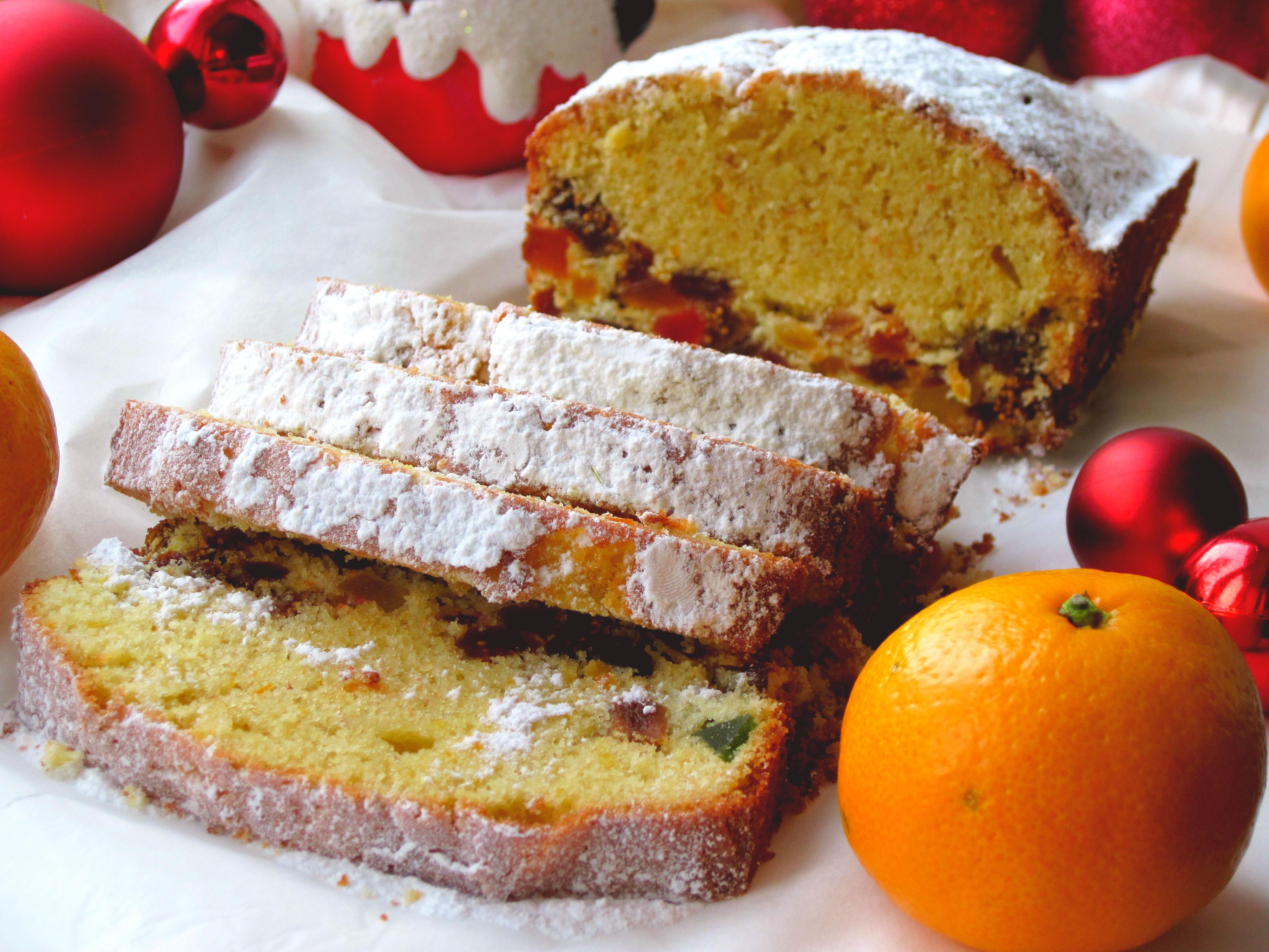 Кекс різдвяний із сухофруктами та цукатами